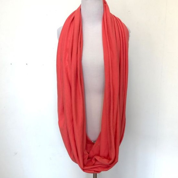 🌻American apparel - thick tube scarf- red …